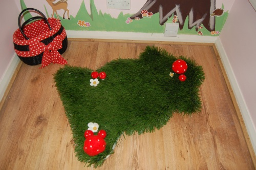 Artificial Grass Rug Made by Clare for Lilly
