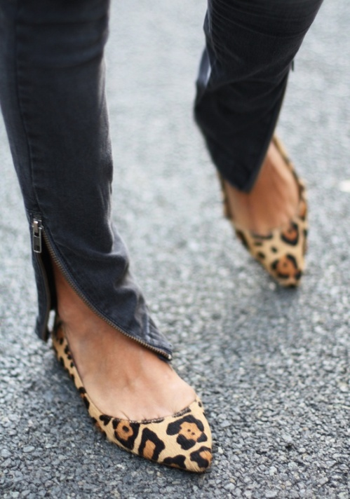 Leopard Print Pointed Shoes